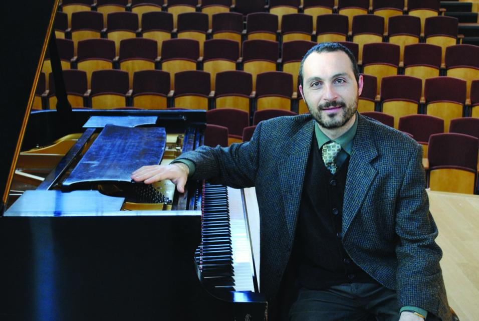 Antonio Pompa-Baldi performs all five Beethoven Concertos in one weekend